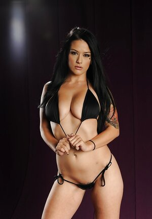 Splendid solitary shoot of black-haired porn model with natural breasts and additionally round booty