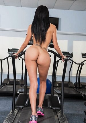 Tall fella hooks up in gym with Latina sexpot who was in need of proper sex