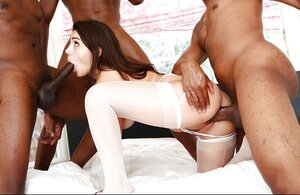 Black boys know what white babe wants and fool around with her all together