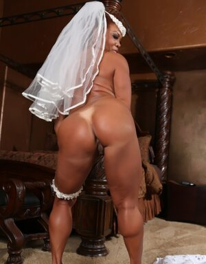 Red-haired Mom i`d like to fuck with sizeable melons toys wet pussy before wedding ceremony