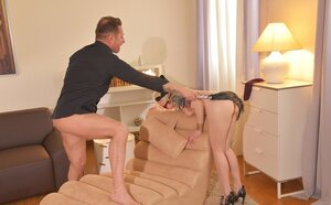Adore with fair hair blindfolded giving body to man and also authorizing him to bang