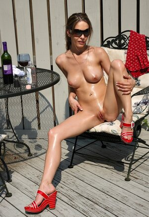 It is as well hot so hussy needs no clothes but sunglasses and comes sex toys