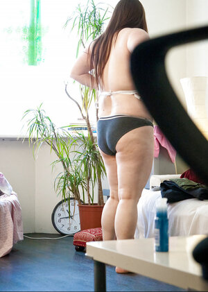 Sensual plumper love hides her chump pale body under the baggy clothing